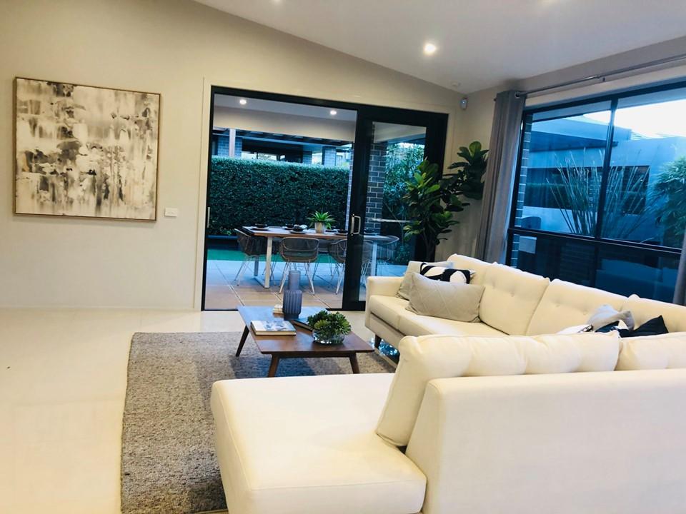 Phòng khách biệt thự Sydney Úc được thiết kế tối giãn