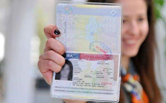 Những giấy tờ cần thiết chuẩn bị cho xin visa đi theo diện bảo lãnh