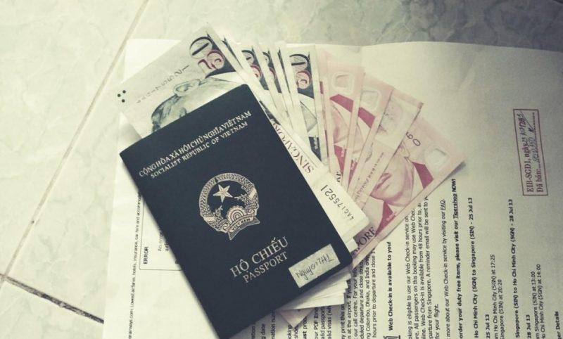 visa mỹ trong hộ chiếu cũ